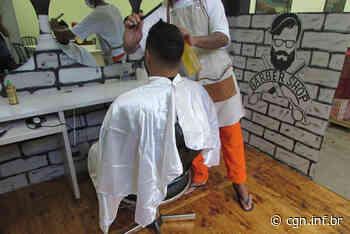 Presos da penitenciária de Cascavel participam de minicurso com barbeiro profissional - CGN