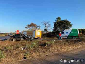Acidente entre Araguari e Indianópolis deixa vítima com traumatismo craniano grave e outra com fraturas - G1
