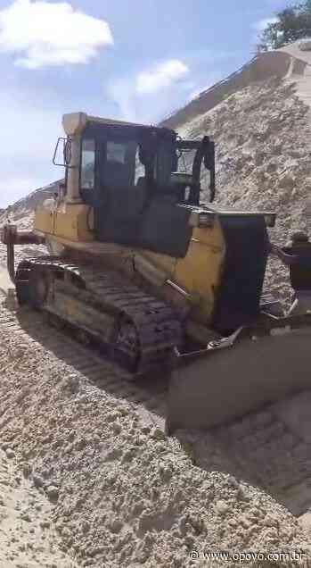 Bugueiros protestam após intervenção irregular em duna na Lagoa do Catu, em Aquiraz - O POVO