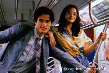 Camila Mendes e Charles Melton voltaram a namorar, diz site - Capricho
