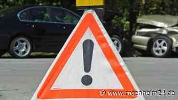 Raubling 9. JUni: Frau verursacht aus Unaufmerksamkeit Unfall bei dem zwei weitere Autofahrer beteiligt sind - rosenheim24.de