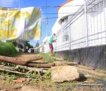 Vecinos de Arjona cierran calles en pésimo estado - El Universal - Colombia