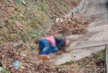 Muere hombre arrollado por un carro en la vía Santa Marta-La Guajira - El Informador - Santa Marta