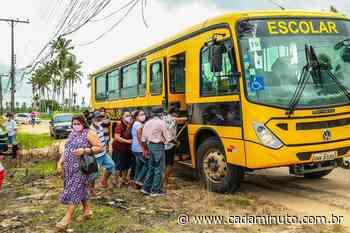 Prefeitura de Penedo transporta moradores da zona rural para vacinar contra Covid - Cada Minuto