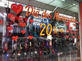 Sindcomércio de Montes Claros explica funcionamento de lojas no Dia dos Namorados - G1