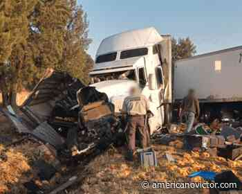 Se registra carambola vehicular en región de Vista Hermosa; hay 3 personas lastimadas - www.americanovictor.com