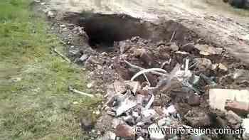 Monte Grande: La calle se hundió 2 metros y piden auxilio al municipio - InfoRegión