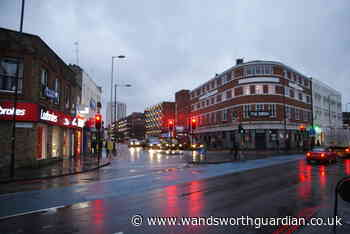 Brixton: Police drive 'dangerously' on road where woman died