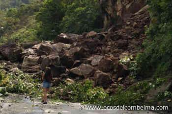 Derrumbe sepultó tres casas entre Cajamarca y Anaime - Ecos del Combeima