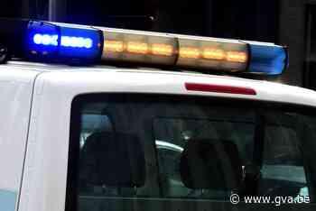 Geparkeerde auto aangereden, dader vlucht (Temse) - Gazet van Antwerpen