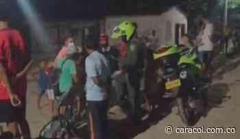 Niño falleció tras caerle una portería de fútbol encima en Magangué - Caracol Radio