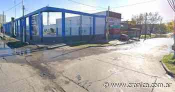 Feroz enfrentamiento entre policías y delincuentes dejó dos heridos en Villa Fiorito - Crónica