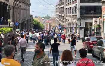 Maestros jubilados y pensionados cierran centro de Cuernavaca - El Sol de Cuernavaca