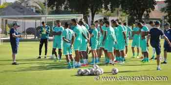 Goiás realizou hoje seu último treino e embarcou para Belo Horizonte, onde enfrenta o Cruzeiro pela Série B - Goiás Esporte Clube