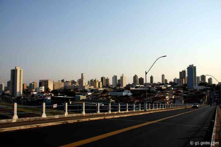 Araraquara tem alta de 235,8% na média móvel de casos de Covid e faz alerta de novo confinamento - G1