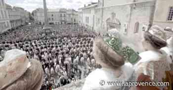 Arles : on va retrouver la Reine et les gardians - La Provence