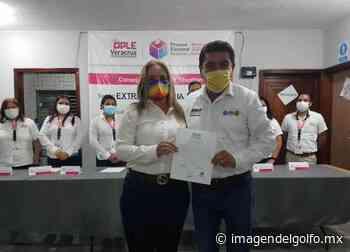 Entrega OPLE constancias a alcaldes electos de Tihuatlán y Coatzintla - Imagen del Golfo