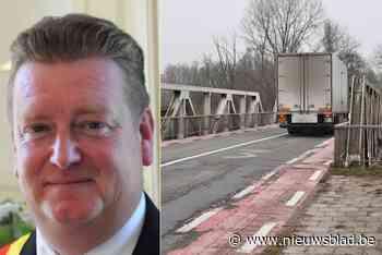 Na uitstel, noodkreet en dreigementen: minister Lydia Peeters wil rond de tafel gaan zitten over nieuwe Durmebrug