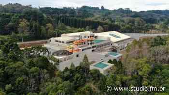 Gramado inaugura em junho, o Acquamotion, primeiro parque aquático indoor, com águas termais, da América do Sul - Rádio Studio 87.7 FM   Studio TV   Veranópolis