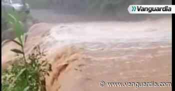 Vía Zapatoca – Bucaramanga se encuentra cerrada por derrumbe - Vanguardia