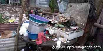 Explosión destruye vivienda donde funcionaba una cohetería clandestina en Cojutepeque - La Prensa Grafica