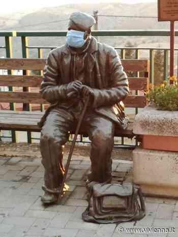 """'Cumpari Ciccio' scultura sul """"lungomare"""" di Troina - Vivi Enna"""