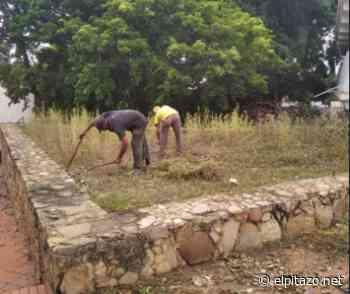 Vecinos de Clarines se organizaron para desmalezar y limpiar dos comunidades - El Pitazo