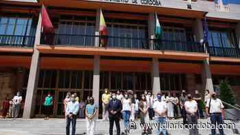 Trabajadores y concejales del Ayuntamiento de Córdoba se concentran por las niñas de Tenerife y Rocío Caíz - Diario Córdoba