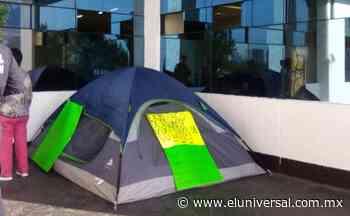 Mujeres policías cumplen 10 días en huelga de hambre en Naucalpan; exigen indemnizaciones   El Universal - El Universal