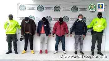 Capturan a cuatro cacos tras robarse unos milloncitos de un taller de mecánica en Zipaquirá - Alerta Bogotá