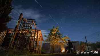 """SpaceX: """"Starlink""""-Satelliten sorgen für """"Ufo""""-Meldungen – """"Sternenhimmel bewegt sich"""" - fr.de"""