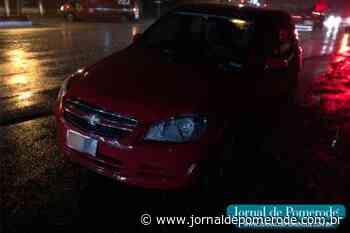 Acidente de trânsito envolve carro e moto, em Testo Central - Jornal de Pomerode