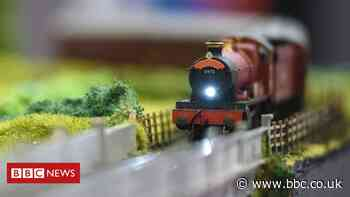 Adults turning to toys in lockdown drives model railway sales