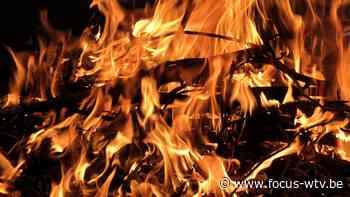 Brand verwoest garage en lounge in Ichtegem - Focus en WTV