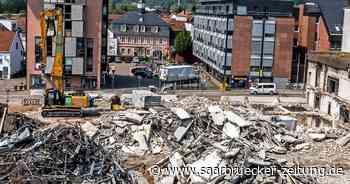 Abrissarbeiten an alter Markthalle in Merzig schreiten zügig voran - Saarbrücker Zeitung