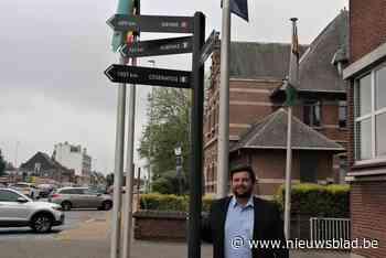 Pijlen wijzen de weg naar de vier verbroederingsgemeenten van Zelzate - Het Nieuwsblad