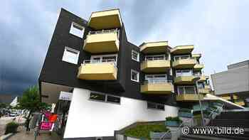 Aufzug kaputt: Mieter sitzen seit Januar in ihren Wohnungen in Bad Driburg fest - BILD