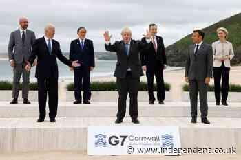 Queen hosts leaders as Boris Johnson accused of 'empty promise' over aid plea