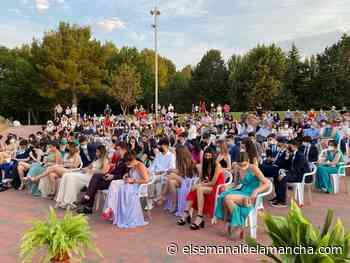 El IES María Zambrano celebra su acto de graduación en el parque Alces - El Semanal de La Mancha