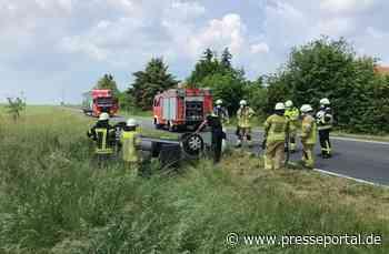 FW Helmstedt: Verkehrsunfall am Ortsausgang Emmerstedt - Presseportal.de