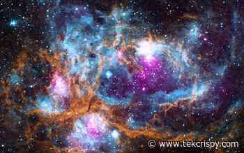 """Descubren """"arco gigante"""" de galaxias que se extiende 3.300 millones de años luz en el universo - TekCrispy"""
