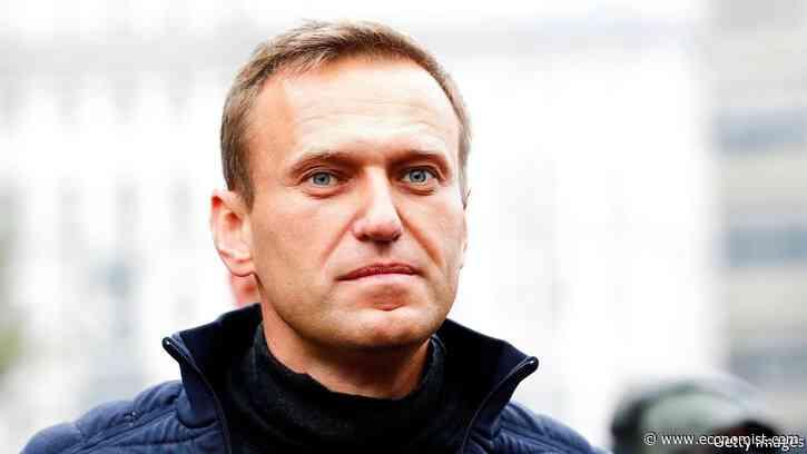 Why is Vladimir Putin so afraid of Alexei Navalny? - The Economist