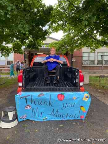 Waterville elementary school honors retiring principal with parade - Kennebec Journal and Morning Sentinel