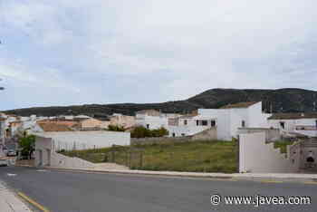 Benitatxell habilitará un nuevo parking junto al colegio Santa María Magdalena - javea.com