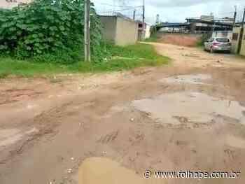 Moradores de bairro do Cabo de Santo Agostinho sofrem com a falta de saneamento básico - Folha de Pernambuco