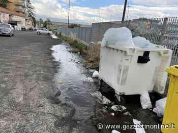 Giarre, fiume di liquami scorre davanti una vasta area commerciale - Gazzettinonline