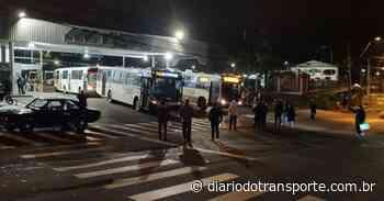 Ônibus da Visate em Caxias do Sul (RS) circulam com atraso após protesto de comerciantes - Adamo Bazani