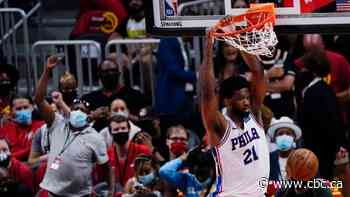 76ers erupt in 2nd half to take series lead with blowout of Hawks