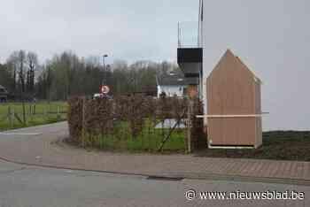 Beschadigde kapel wordt na tien jaar weer opgebouwd - Het Nieuwsblad