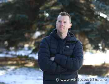 Former gymnast Kyle Shewfelt's book takes readers onto the floor - Whitecourt Star